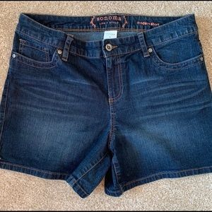Sonoma Jean Shorts 12 with Spandex